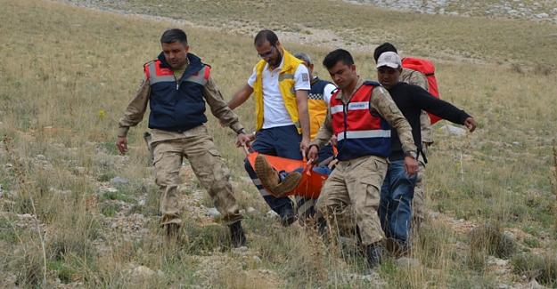 Mantar toplarken bacağı kırılarak mahsur kalan kişi kurtarıldı