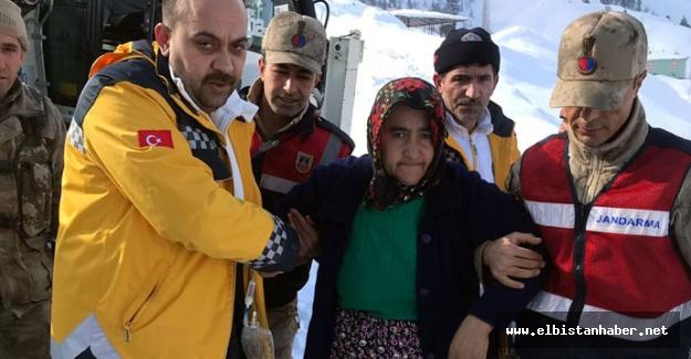 Rahatsızlanan kadının yardımına Jandarma ekipleri yetişti