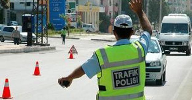 Elbistan'da polis sireni kullanan sürücüye ceza