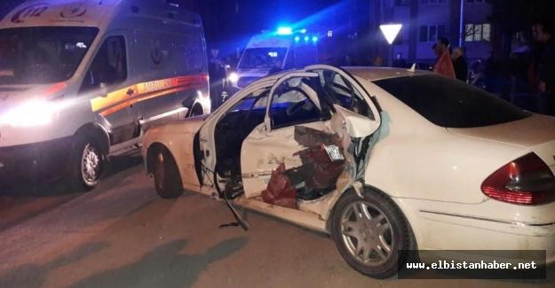 Elbistan'da feci kaza: 4 yaralı