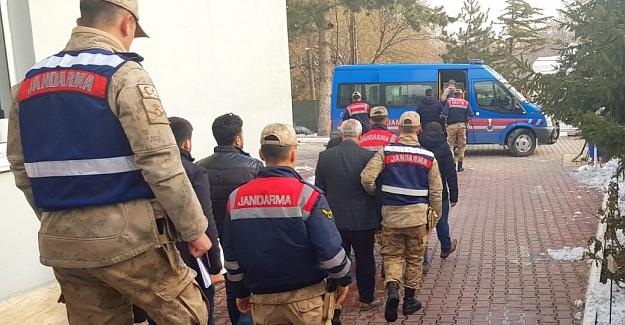 Elbistan'da çeşitli suçlardan araması bulunan 6 kişi yakalandı