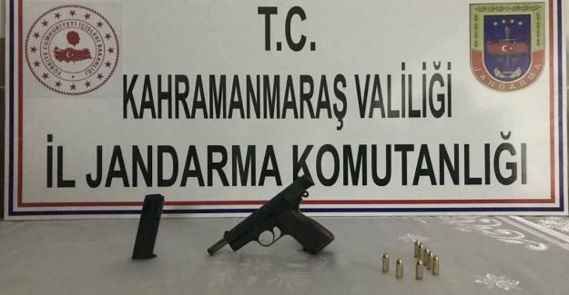 Jandarma silah ve uyuşturucu yakaladı