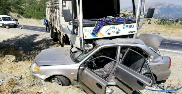 Polis memuru trafik kazası kurbanı oldu