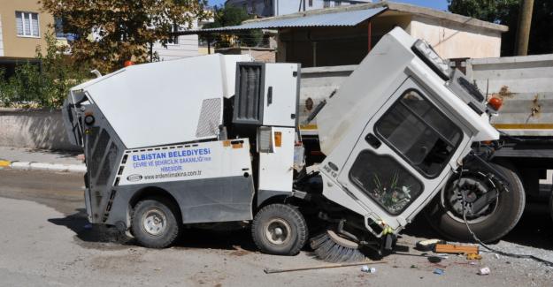 Temizlik aracının freni boşaldı: 1 yaralı