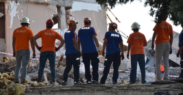 Deprem senaryolu ulusal tatbikata ELKUD'ta katıldı
