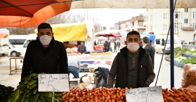 Elbistan Belediyesi 10 Bin Adet Maske Dağıttı