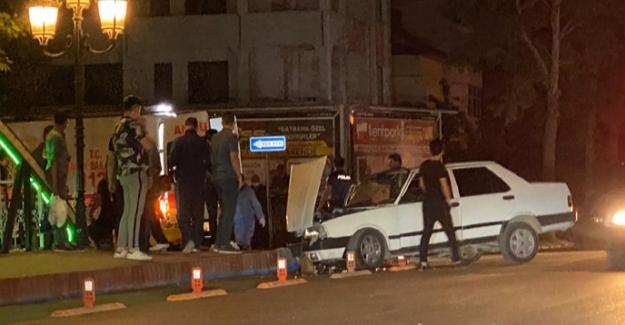 Elbistan'da otomobiller çarpıştı: 1 yaralı