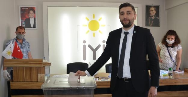İYİ Parti Elbistan İlçe Başkanlığı 2. Olağan Kongresi Yapıldı