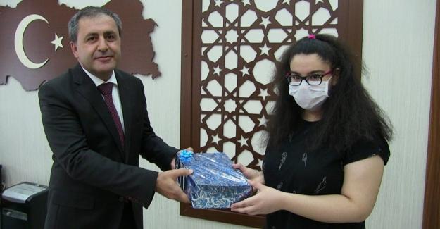 Elbistan'da dereceye giren öğrenciler ödüllendirildi
