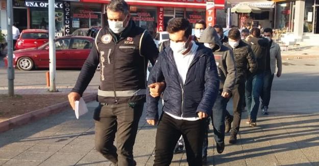 Polisten FETÖ operasyonu: 8 gözaltı