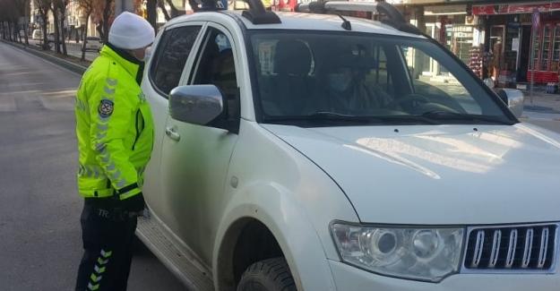 Elbistan'da sokağa çıkma yasağında polis denetimi