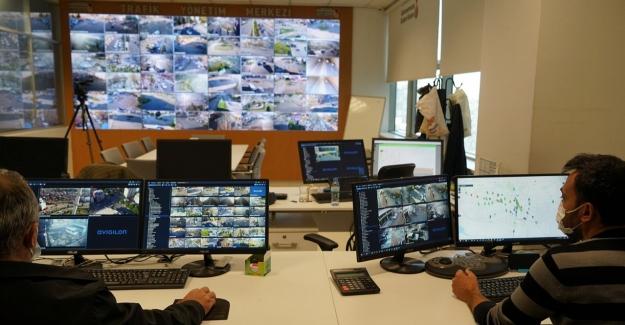 Şehir trafiği 7 gün 24 saat kontrol ediliyor