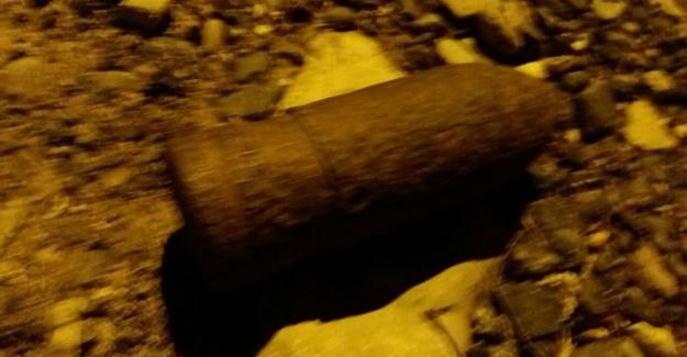 Kar temizliği sırasında top mermisi bulundu