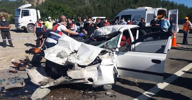 Feci kazada aynı aileden 4 kişi hayatını kaybetti