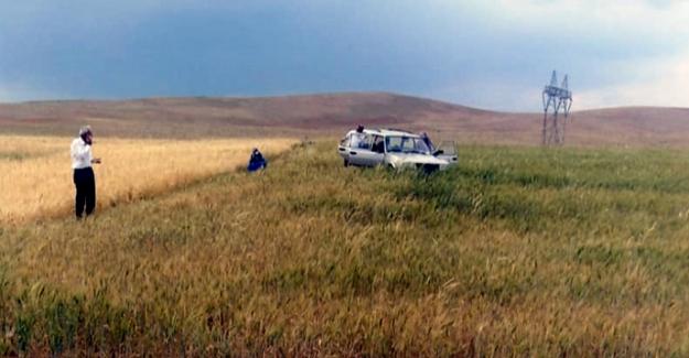 Kontrolden çıkan otomobil tarlaya uçtu:1 yaralı