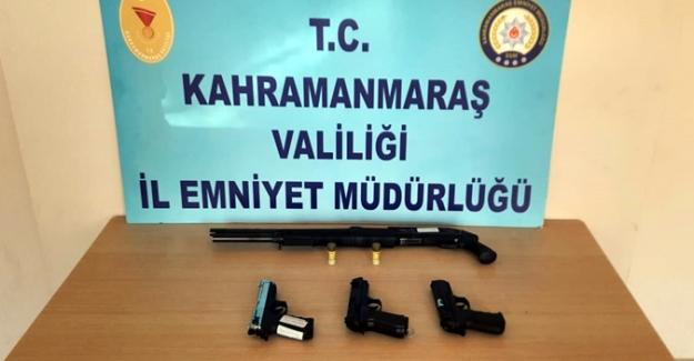 Polis aranması olan 82 kişiyi yakaladı