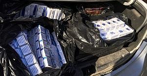 Eski polis sigara kaçakçılığı yaparken yakalandı