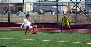 Balona röveşata yapan Gülbey ilk maçında 2 gol attı