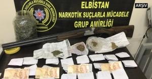 Elbistan'da uyuşturucu satıcılarına...