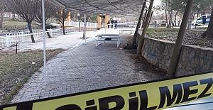 Pınarbaşı'nda erkek  cesedi bulundu