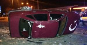 Otomobil devrildi 1 ölü 1 yaralı