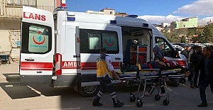 Halk otobüsünün çarptığı yaya yaralandı