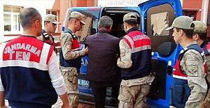 Terör örgütüne yardım eden 7 kişi gözaltına alındı