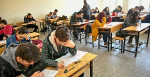 Elbistan Belediyesi'nden Öğrencilere Deneme Sınavı