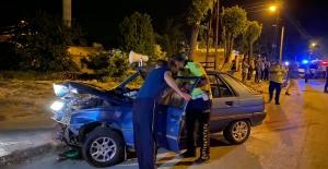 Elbistan#039;da otomobiller çarpıştı...