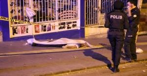 Yaşlı adam kaldırımda ölü bulundu