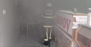 Elbistan'da sobadan çıkan kıvılcım işyerini yaktı