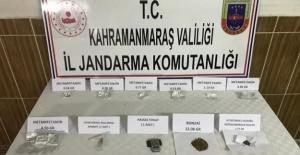Evde yapılan aramada uyuşturucu madde bulundu