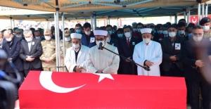 Şehit Mehmet Demir son yolculuğuna uğurlandı