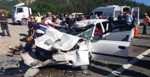 Feci kazada aynı aileden 4 kişi hayatını...