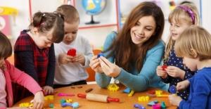 Çocuk gelişimi mezunlarına kadrolu iş imkanı