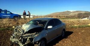 Karahüyük'te otomobiller çarpıştı: 5 yaralı