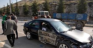 Kapatılması planlanan kavşakta kaza oldu