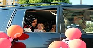 Valinin makam aracı şehit çocuğuna sünnet arabası oldu