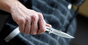 İnternet Kafede bıçaklı kavga: 1 yaralı