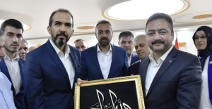 """Özdemir, """"Elbistan'ın Çehresi Mehmet Gürbüz ile Değişecek"""""""
