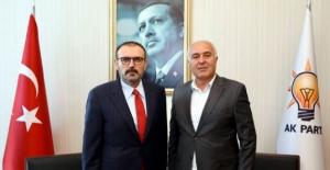 Ahmet Tıraş, AK Parti İlçe Başkanlığına Adaylığını Açıkladı