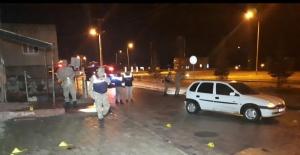 Elbistan'da kurşun yağmuruna tutulan otomobilde 2 kişi can verdi