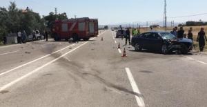 Elbistan'da hafif ticari araç ile otomobil çarpıştı: 1 ölü, 3 yaralı