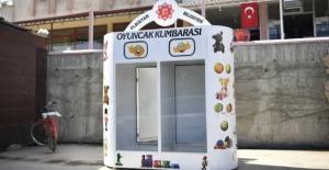 Elbistan Belediyesi kitap ve oyuncak kumbarası projesini hayata geçirdi