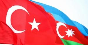 Azerbaycan'a destek olmak için nişan yüzüğünü gönderdi
