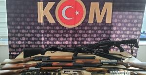 Kaçak silah tamirhanelerine operasyon