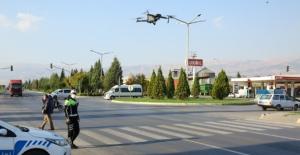Trafik kurallarına uymayan sürücülere ceza yağdı