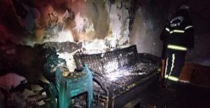 Alkolü fazla kaçırınca yaşadığı evi yaktı