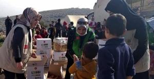 İHH Kadın üyelerinden, İdlib'e yardım ziyareti