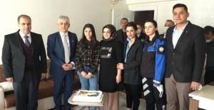 Elbistan'da şehit kızına doğum günü sürprizi